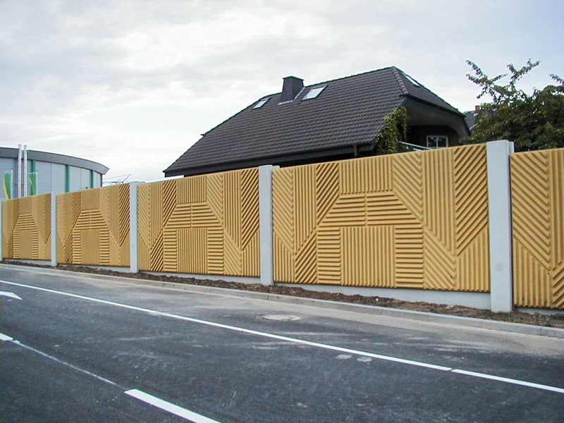 Liapor noise barrier system